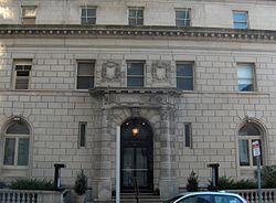 Philadelphia Art Alliance, Wikipedia