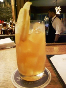 La Manzana cocktail, Brick Farm Tavern